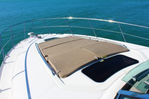 Searay-40-Interiror-Yacht-Rental-Miami