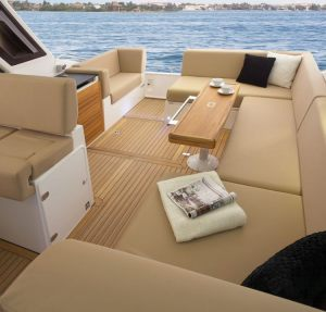 Sealine-40-Boat-Rental-Miami