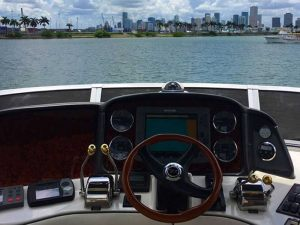 48-Searay-Sundancer-Rental-Miami-Wheel